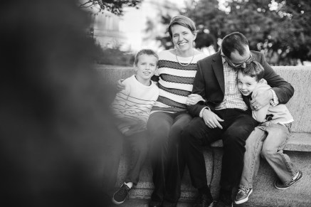 A Family Portrait at The National Portrait Gallery & The Supreme Court Grounds 14