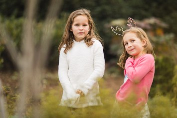 Wandering the Grounds Around the Supreme Court for This Family Portrait Session 13