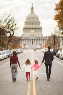 Wandering the Grounds Around the Supreme Court for This Family Portrait Session 17