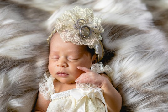 A Portrait Session for the Most Adorable New Member of the Family 15