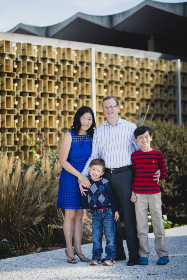 This Family Portrait Session in the National Arboretum 02