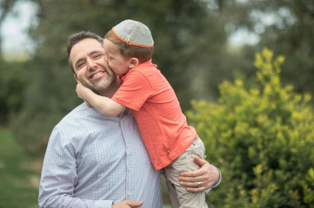 Felipe Revisits the Glenview Mansion with One of His Favorite Families 18