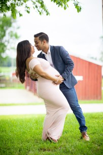 A Beautiful Maternity Session from Felipe at Kinder Farm Park 02