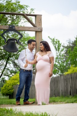 A Beautiful Maternity Session from Felipe at Kinder Farm Park 15