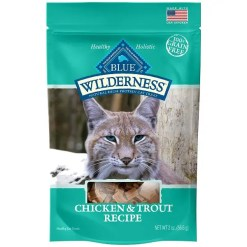 Blue Buffalo Wilderness Chicken & Trout Grain-Free Cat Treats.