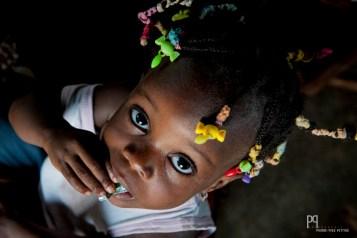 Petite pause grignotage à la crèche de Houègbo Gare. // Houègbo - 2014