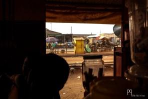 Vue imprenable sur les rails... de trains qui ne roulent plus. // Abomey - 2016