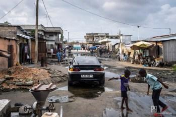 Durant l'été, nombreuses sont les averses sur ce quartier où les eaux résiduelles croupissent durant des semaines. // Avotrou-Dandji - 2016
