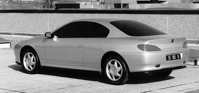 Une des premières propositions de style de Pininfarina pour le coupé 406. Image : Carstyling.ru
