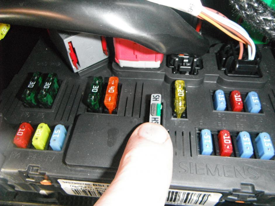 peugeot 206 fuse box radio