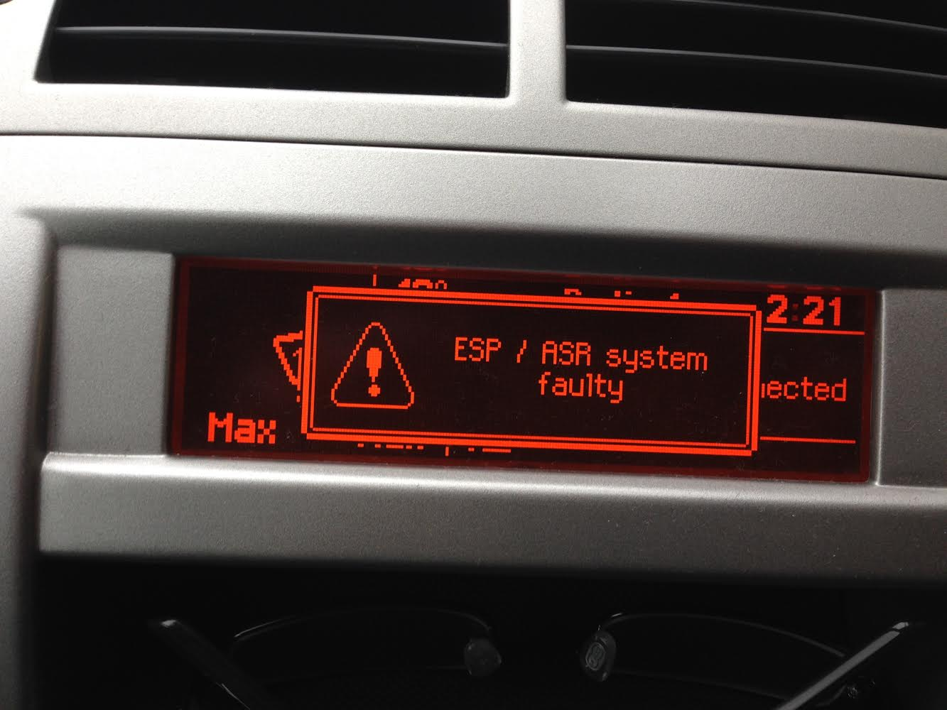 hight resolution of peugeot 407 fuse box fault