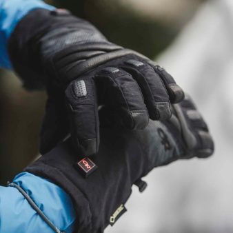 Outdoor Research Lucent Heated Gloves 2