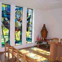 Marienkapelle mit Fenstern der alten Kirche