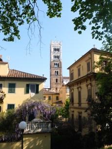 Ein bekannter Turm, fragt mich nicht, wie der heißt...