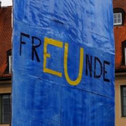 Nachbarn sind Freunde oder zumindest Partner in der EU, aber keinesfalls mehr Feinde. PulseofEurope steht dafür.