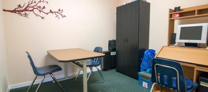 A picture of the testing and computer room in the Play for Real Therapy Clinic - Play for Real Pediatric Occupational Therapy