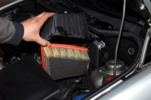 Can a Contaminated Air Filter Cause a Check Engine Light?