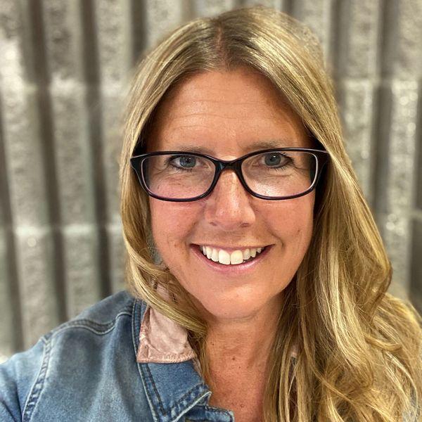 Linda Picton-Bryce