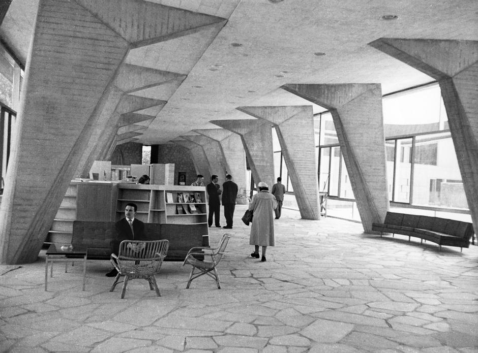 1928 France Savoye Poissy Villa Corbusier Le