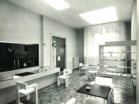 Gerrit Rietvelds classic Steltman Chair is reissued