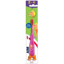 Aim Παιδική Οδοντόβουρτσα Πολύ Μαλακή με Μικρή Κεφαλή, Βάση Στήριξης με Βεντούζα & Καπάκι Προστατευτικό, από 2-6 Ετών 1 Τεμάχιο - ροζ