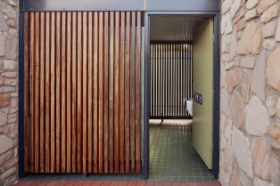 ainslie toilet _philip-leeson-architects_169