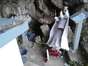 roly grotte cassée