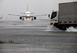 flooded-naia-runway-1