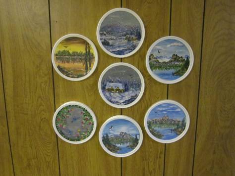 Painted cottage cheese container lids