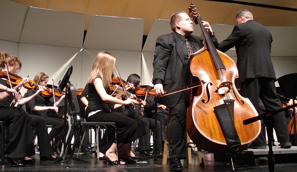 Phillip Serna performing Giovanni Bottesini's Concerto No.2 in b-minor in Aurora, IL