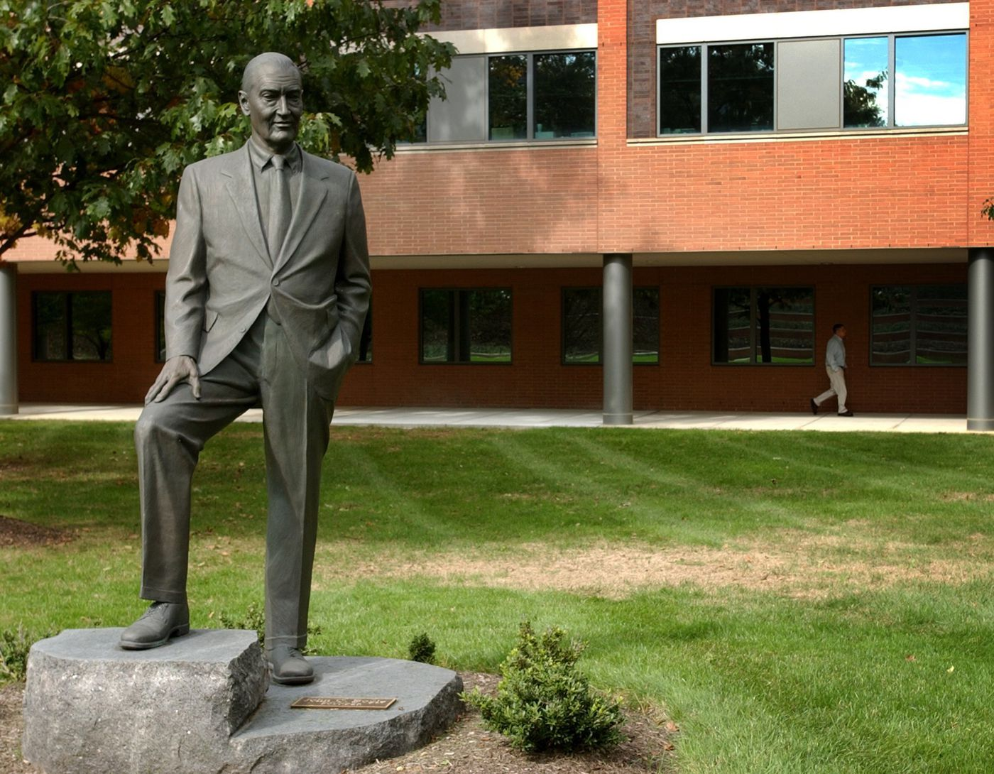 The life size statue of John Bogle, the founder of the Vanguard Group, is shown Oct. 20, 2005, at the headquarters in Malvern, Pennsylvania. Bogle, then 76, had written his fifth book, The Battle for the Soul of Capitalism.