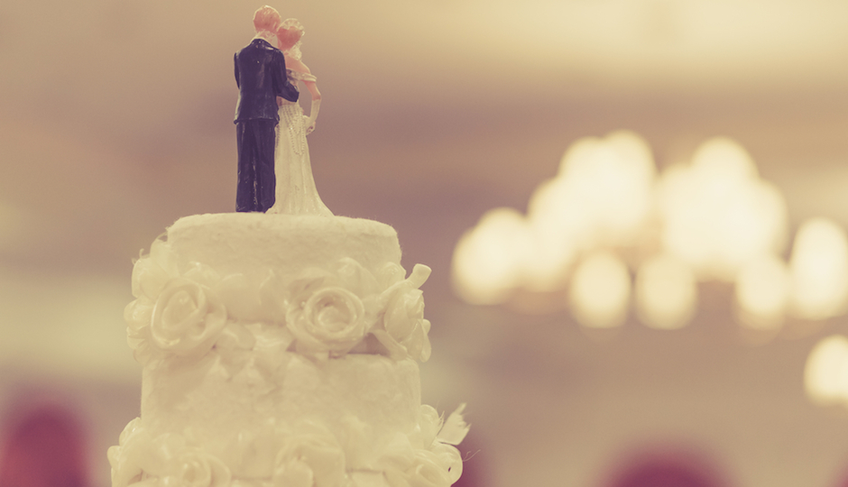 9 Tips For Freezingand Defrostingyour Wedding Cake For Your First