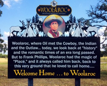 tulsa_woolaroc_sign
