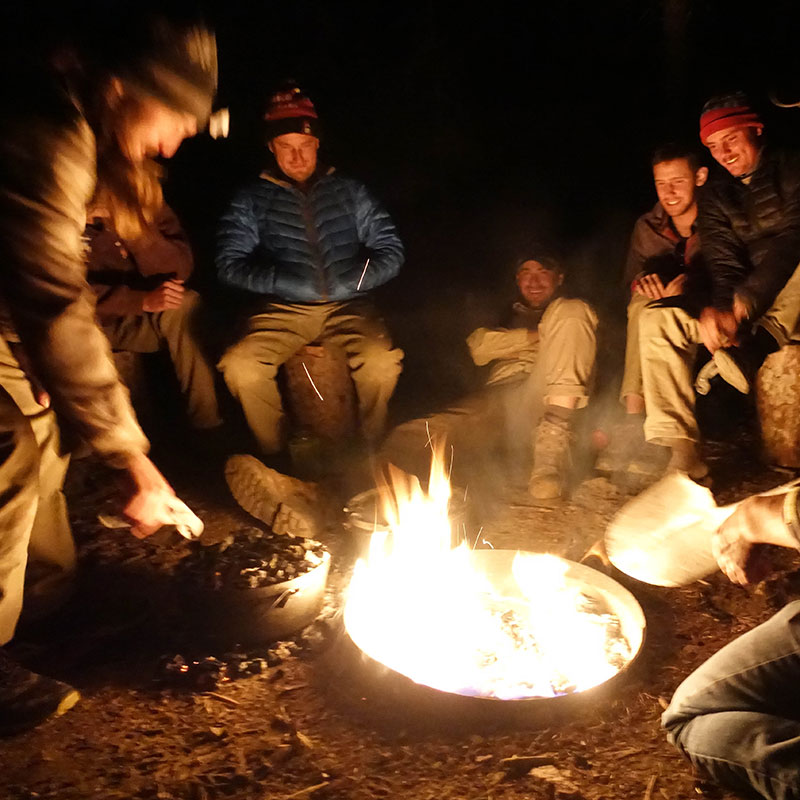 vv_11_campfire