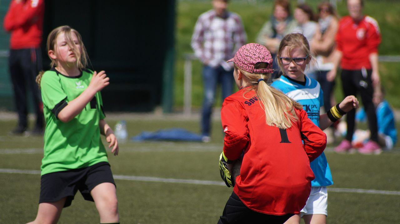 D-Juniorinnen vs Brakel