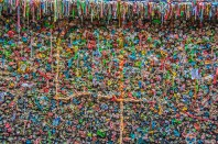 Graphic – colorful expressionistic gum wall in Seattle