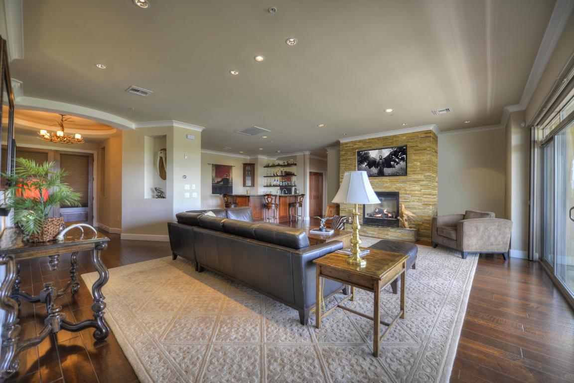 Living Room 3006