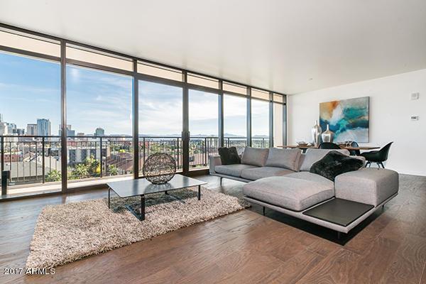 Portland S view Living Room