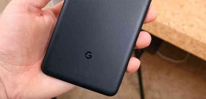 Google logo Pixel 2 XL