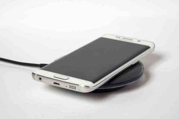 Samsung Galaxy S6 wireless charging