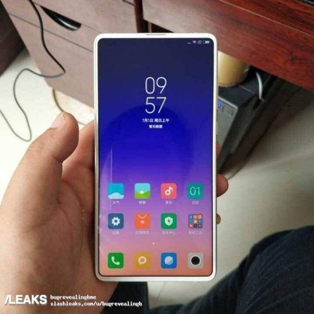 Xiaomi Mi Mix 3 : encore moins de bordures ?