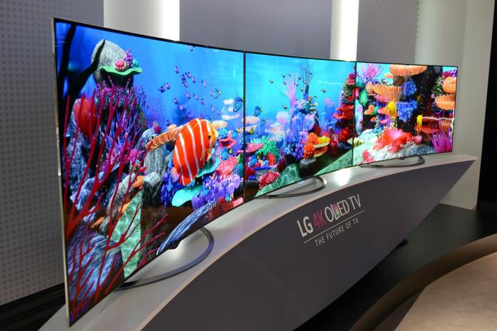 Forget foldable phones, LG's 'rollable' 4K OLED TV will go on sale