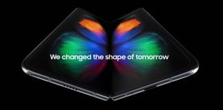 You can download the Live Wallpapers from the Galaxy Fold right here