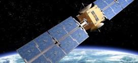 AFRIQUE DU SUD : Trois lycéennes travaillent sur un satellite qui sera mis en orbite en 2016