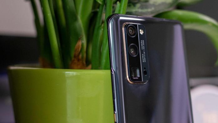 Honor 30 Pro+ black rear camera
