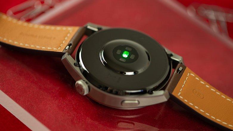 NextPit Huawei Watch 3 Pro sensor