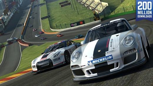 Real Racing 3 promo screen
