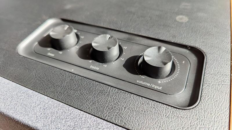 Edifer D12 dials