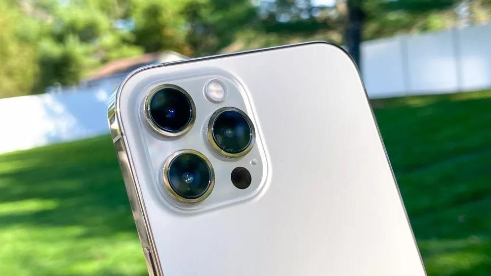 iPhone 12 Pro Max cameras