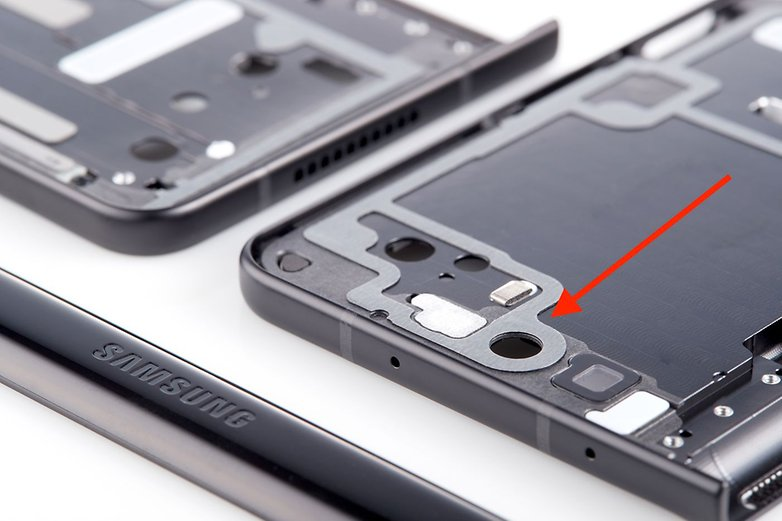 Samsung Galaxy Z fold 3 tape